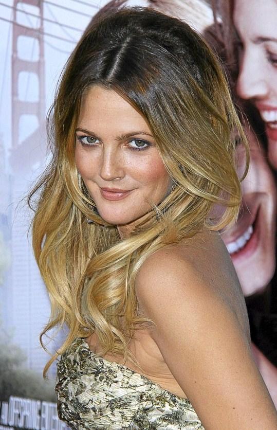 Le tie and dye nouvelle tendance de coloration cheveux salon de coiffure coupeido - Effet racine tendance ...